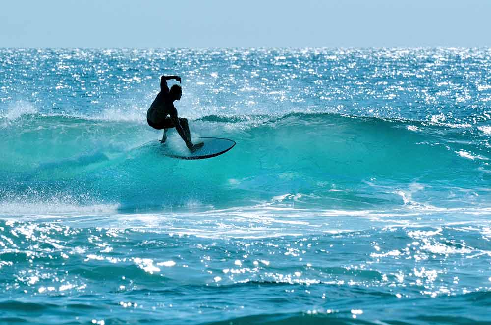 surfing sunshine coast - car broker service