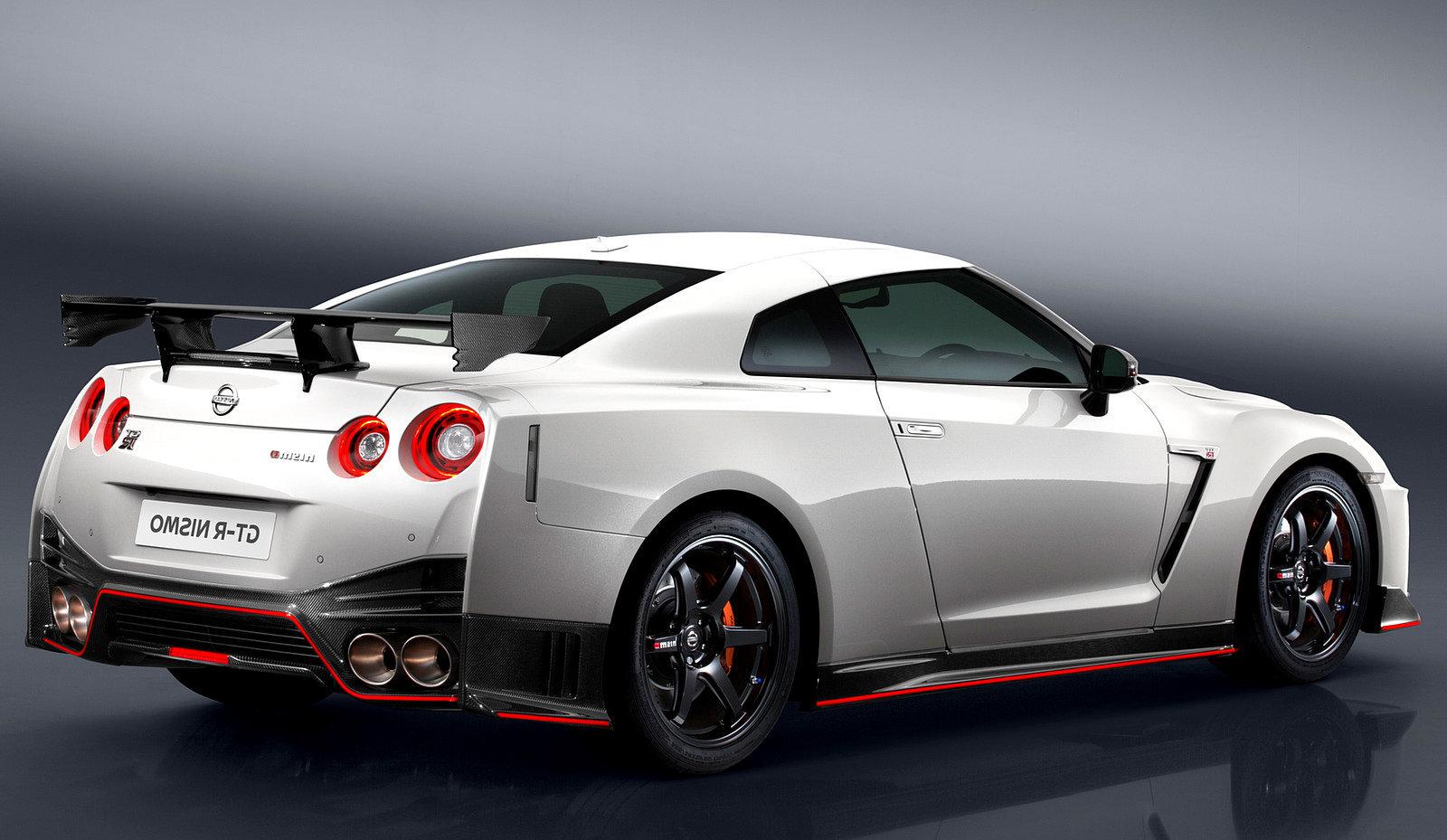 Nissan_GT R2