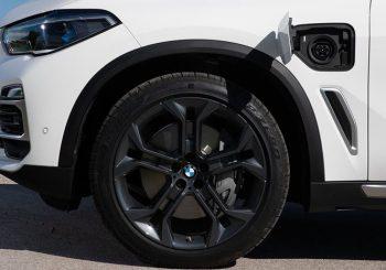BMW hybrid vehicle